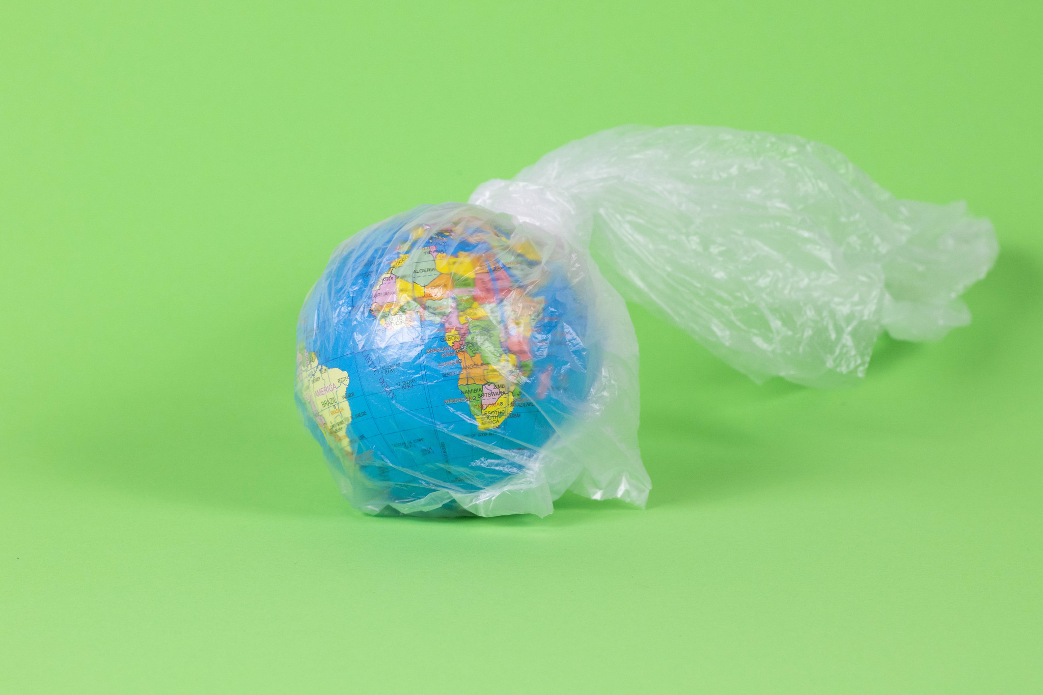 Australia Just Cut 80% of Its Plastic Bag Use in Just 3 Months.